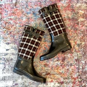 Banana Republic Houndstooth Rain Boots